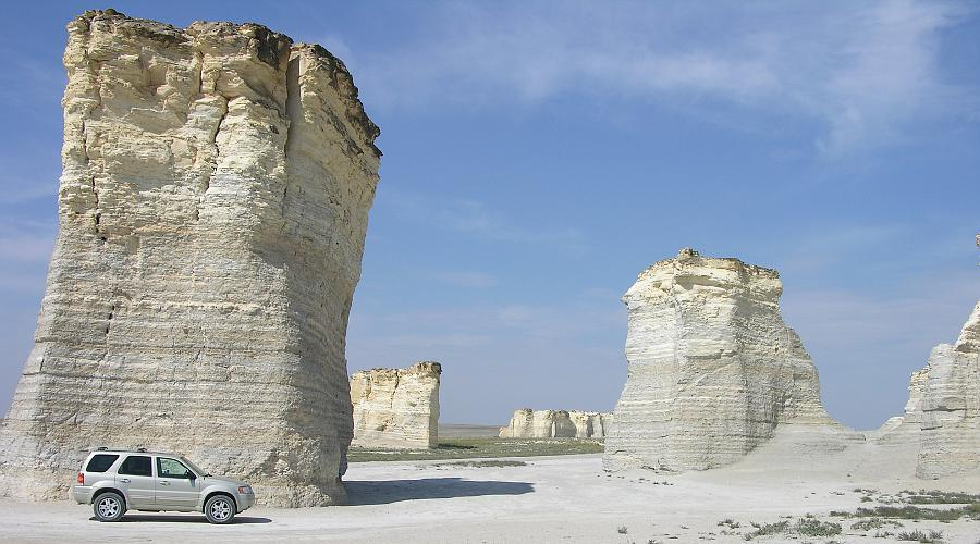 Caulk Pyramids, Monument Rocks - Kansas Travel