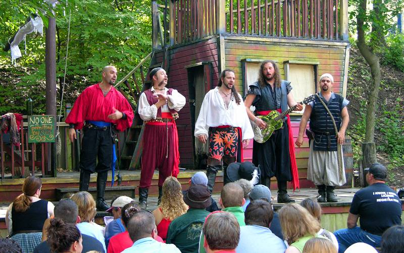 Jolly Rogers performing at the Kansas City Renaissance Festival