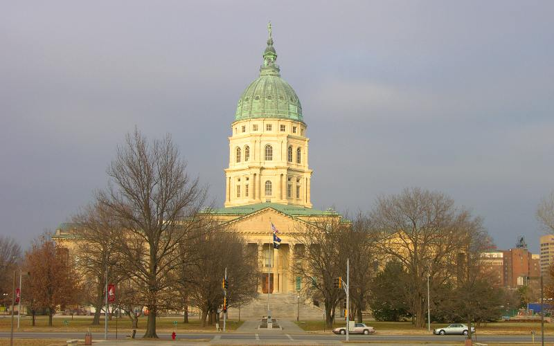 Kansas State Capitol building in 2005 - Topeka