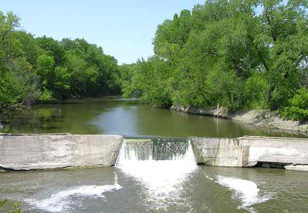Cottonwood Falls Dam