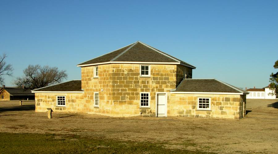 Fort Hays Historic Site - Hays, Kasas