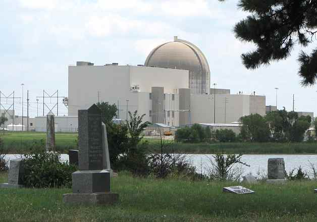 Wolf Creek Nuclear Power Plant from Strawn Cemetery