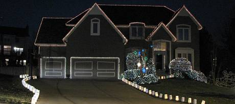 Kryger Family Animated Holiday Lights - Leawood, Kansas
