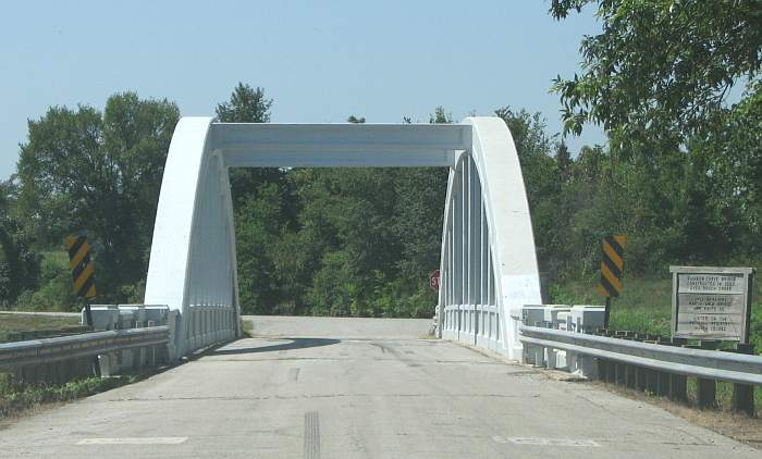 Brush Creek Rainbow Bridge on historic Route 66
