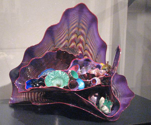 Violet Persian Set with Red Lip Wraps by Dale Chihuly