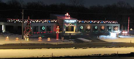 Vince & Associates Holiday Lights - Overland Park, Kansas