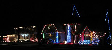 115th Street Christmas Lights - Overland Park, Kansas
