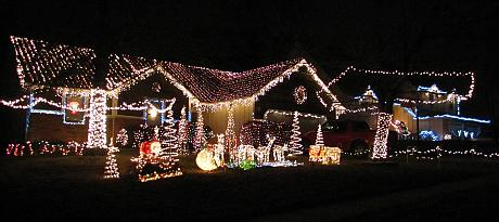 Curtis Family Christmas Light Display - Overland Park, Kansas