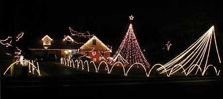 Campain Family Christmas Display - Shawnee, Kansas