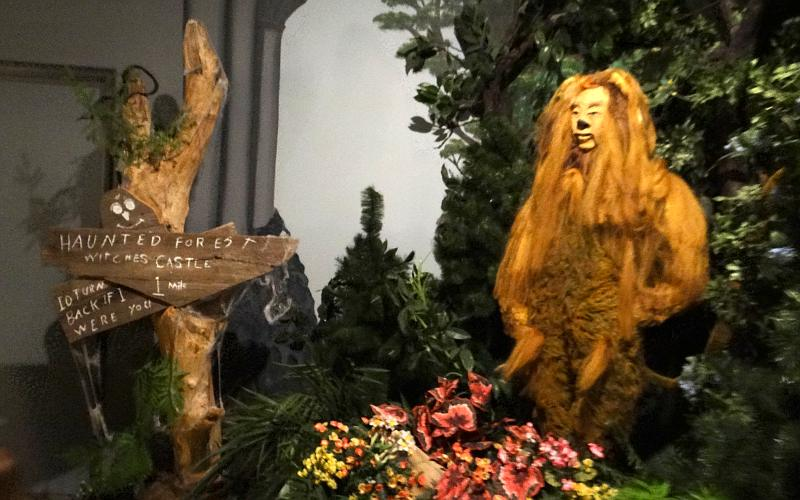 Cowardly Lion in the Land of Oz - Liberal, Kansas