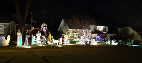 Vielhauer Christmas Display - Shawnee, Kansas
