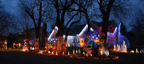 Trossen Family Christmas Display - Leawood, Kansas