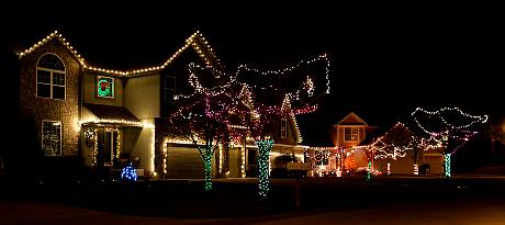 Cedar Hills Holiday Displays - Olathe, Kansas