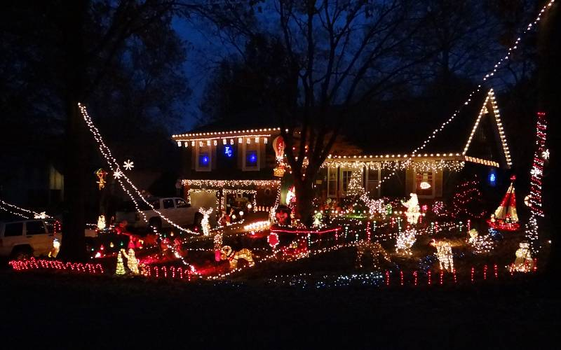 haskins street chrsitmas light display lenexa kansas - Animated Christmas Light Displays