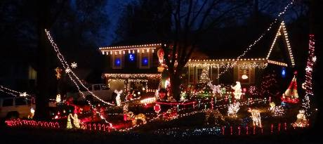 Haskins Street Chrsitmas light Display - Lenexa, Kansas