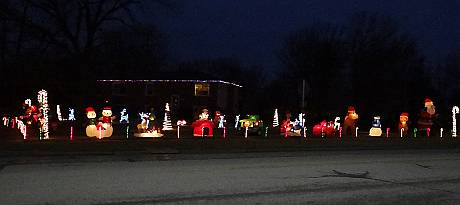 Inflatable Corner Christmas Display - Gardner, Kansas
