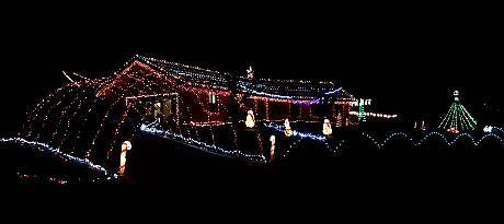 Simpson Family Christmas Lights - Olathe, Kansas