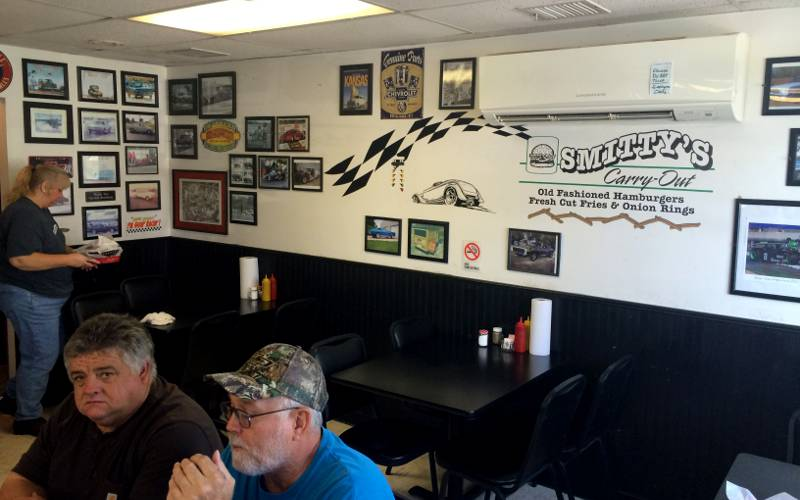 Smitty's Carry Out dinning room