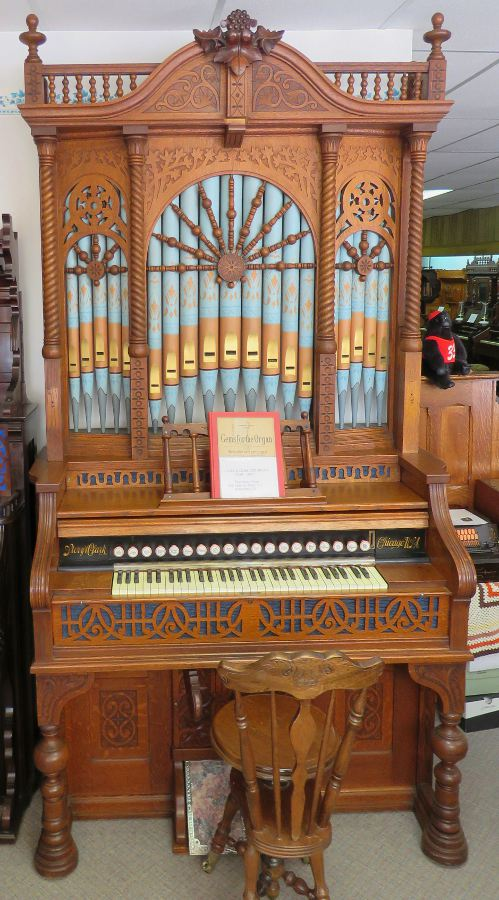 Story and Clark Pipe Organ