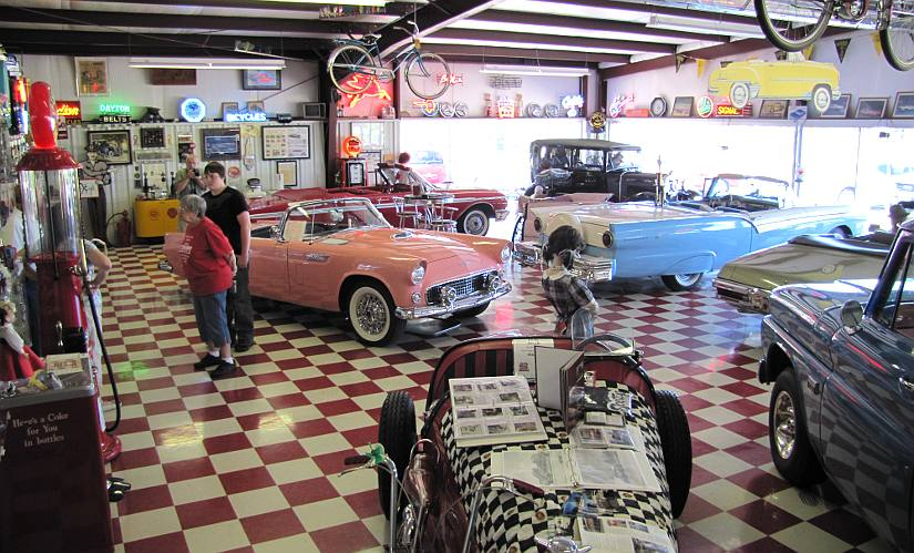 Scotty's Classic Car showroom