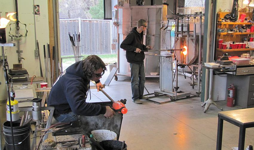 Glass blowers at Karg Art Class