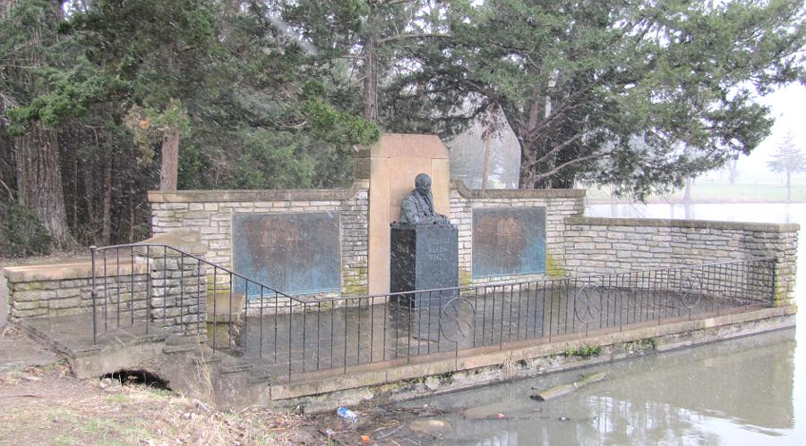 William Allen White Bust and Memorial - Emporia, Kansas