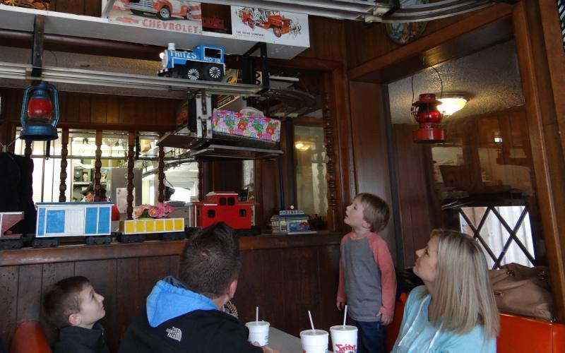 Fritz S Railroad Restaurant Kansas City Kansas