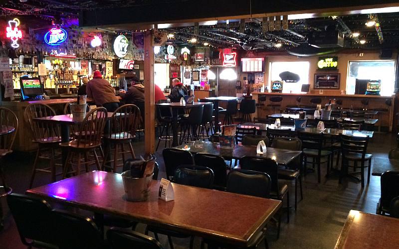 Freddy T S Restaurant And Sports Bar Olathe Kansas